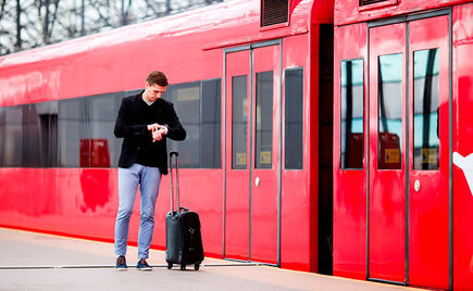 Mała walizka podróżna – jaką wybrać?