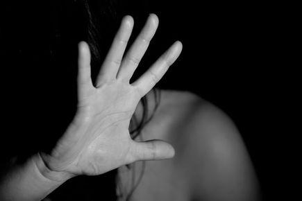 """""""Niebieska Karta"""" – jako jeden z przymiotów walki z przemocą w rodzinie."""