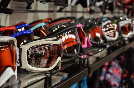 Jak wybrać odpowiednie gogle narciarskie?