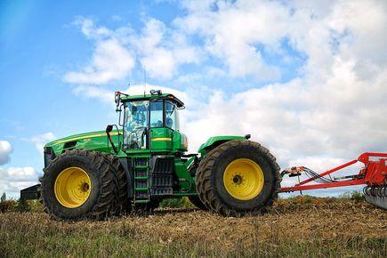 Naprawa i renowacja pojazdów rolniczych