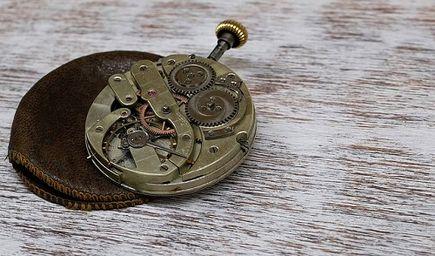 Zegarek na rękę - kwarcowy czy mechaniczny?