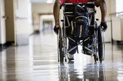 Niepełnosprawni: dofinansowanie do likwidacji barier architektonicznych