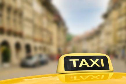 Jak i czy warto zostać taksówkarzem?
