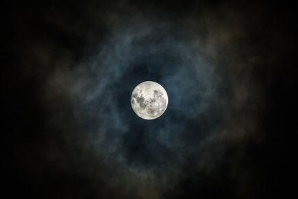 Wpływ księżyca na psychikę ludzką