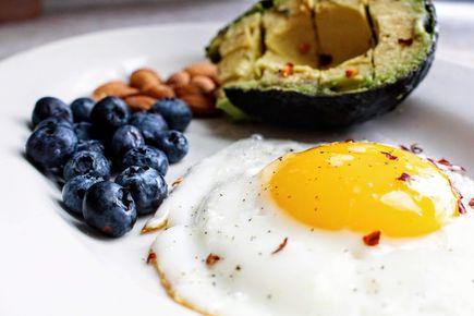 Dieta wysokobiałkowa - na czym polega i jak ją przeprowadzić z głową