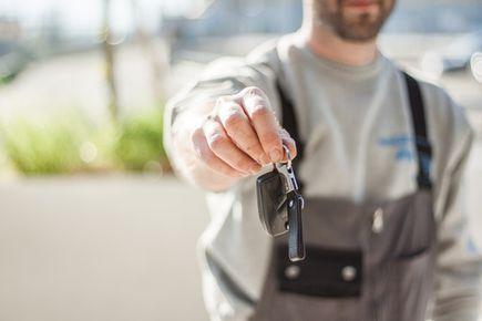 Formalności podczas wypożyczania aut - sprawdź, na co musisz być przygotowany