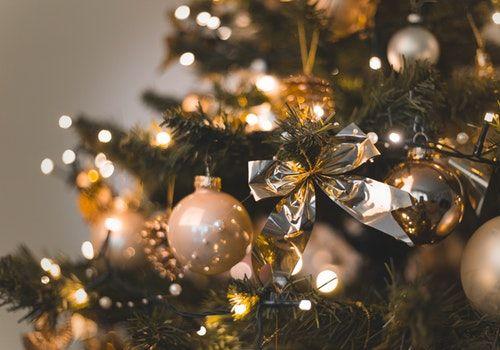 Kde vzít rychle peníze na vánoční svátky?