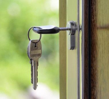 Pięć pytań, które powinny zadać osoby kupujące swoje pierwsze mieszkanie