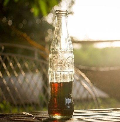 Coca cola – jak wykorzystać ją w domu?