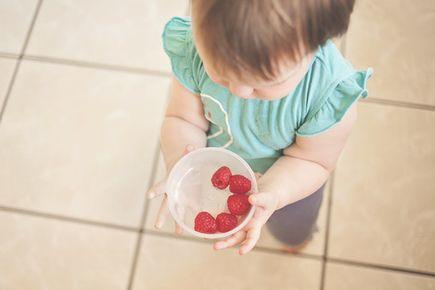 Jak uczyć dziecko zdrowych nawyków żywieniowych od najmłodszych lat?