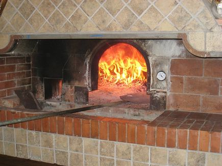 Zanim wybierzesz piec do pizzy...