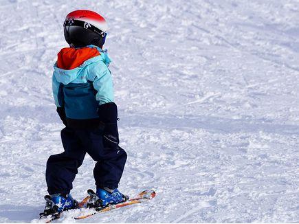 Jak wybrać buty, wiązania i narty dla dzieci