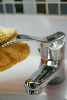 Eko sprzątanie: 10 zastosowań sody oczyszczonej