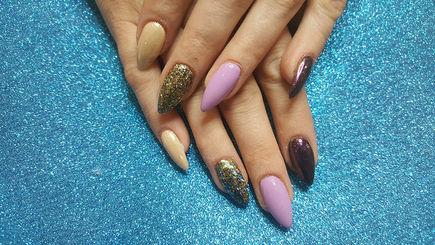 Baza i top do hybryd dla idealnego manicure