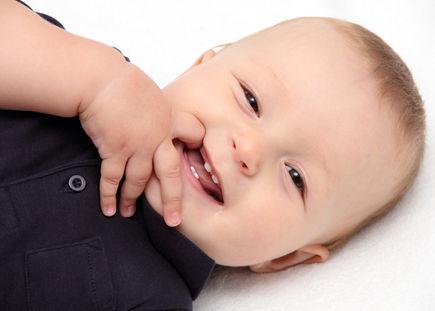 Czym tak naprawdę jest kolka niemowlęca?