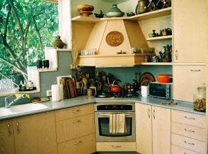 Jak urządzić kuchnię dla dużej rodziny?