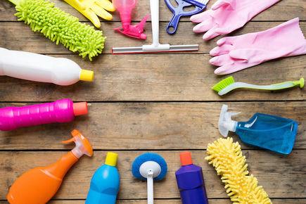 Dlaczego warto skorzystać z usług firmy sprzątającej?
