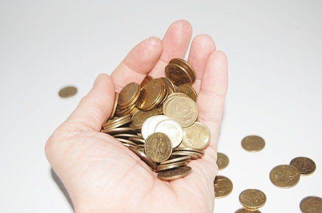 Jak zaoszczędzić na prowadzeniu księgowości - sprawdź czy program księgowy to dobre rozwiązanie