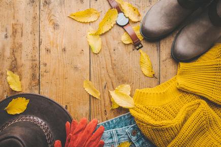 Jesienna szafa – jak ją skompletować i co wybrać?