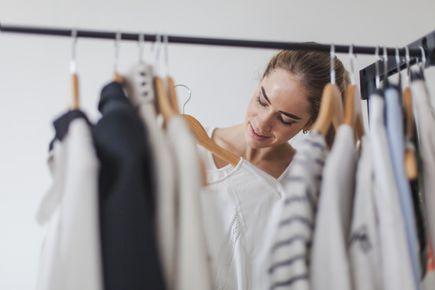 Modowa nuda – jak się jej pozbyć?  Kilka sposobów, które ożywią jesienną garderobę