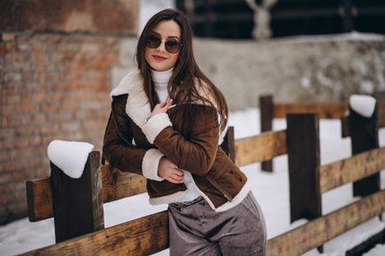 Zimowe wyprzedaże w sklepach – co kupić?