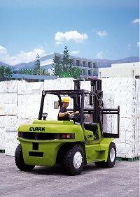 Bezpieczeństwo pracy w logistyce magazynowej – normy prawne