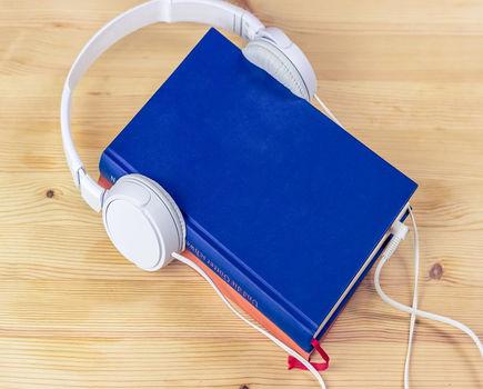 (Po)słuchaj opowieści