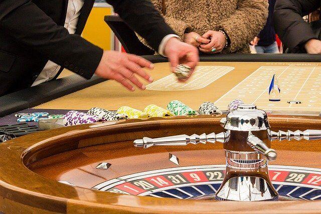 Polski hazard online: dlaczego wybrać ruletkę, a nie automaty?