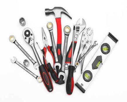 Nowe narzędzia – na co zwrócić uwagę przed zakupem?