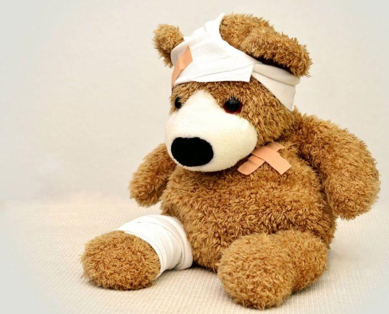 Co powinno znajdować się w apteczce pierwszej pomocy?