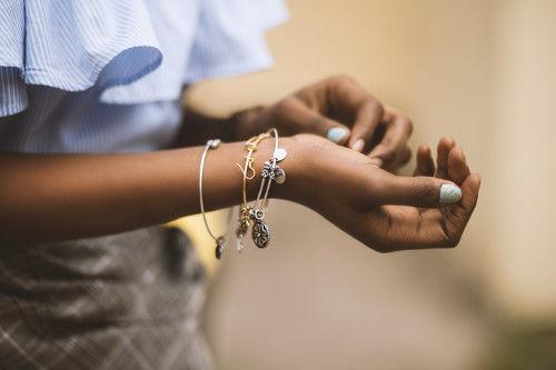 Jak zrobić własną biżuterię?