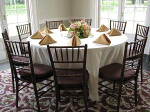 Jak nakryć stół na przyjecie
