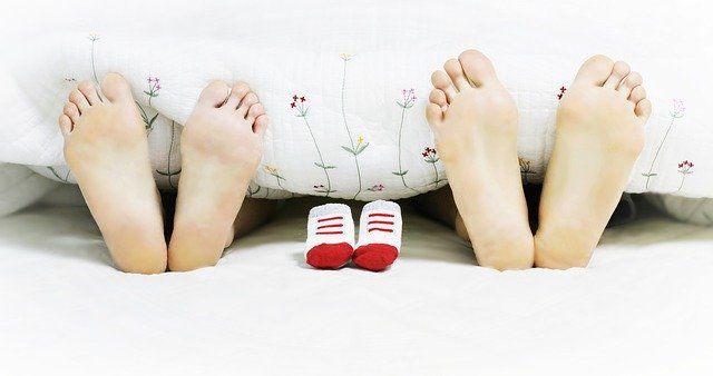 Jak dbać o stopy? Jak pielęgnować stopy?