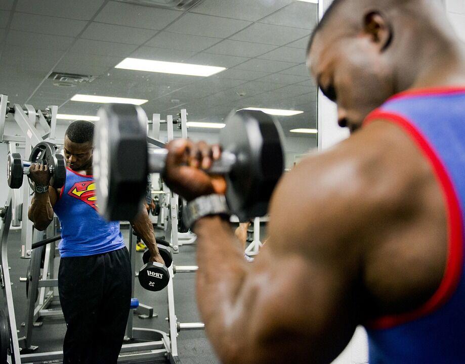 Jak przytyć? Rozpiska diety i treningu dla kobiety i mężczyzny