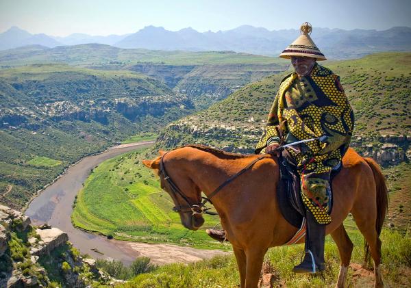 Lesotho, strome przełęcze