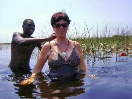 Kąpiel w Okawango z krokodylami