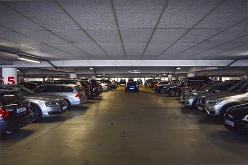Miejsce garażowe oznacza kłopoty przy głosowaniu?
