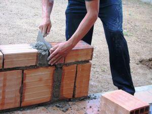 Jak bez problemów odzyskać podatek VAT z budowy domu?