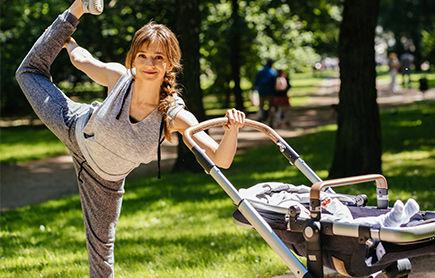 Fit mama na siłowni plenerowej – czyli jak schudnąć po ciąży