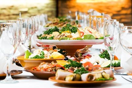 Wesele, kucharka, czy catering