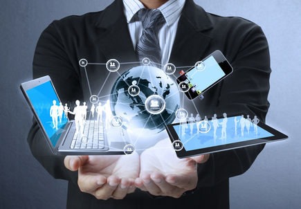 Umowy zawierane na odległość, czyli o ważnych obowiązkach przedsiębiorcy posiadającego firmową stronę internetową.