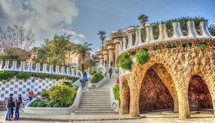 2 lekcje Gaudiego, czyli o ekologii i kamiennym papierze