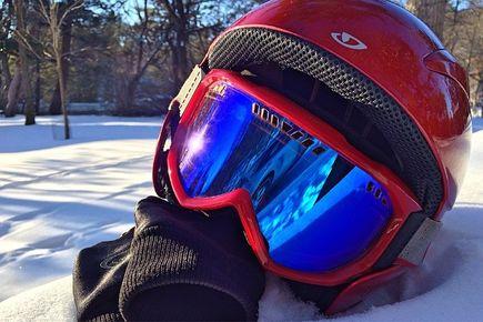Kaski narciarskie - Jak odpowiednio dopasować