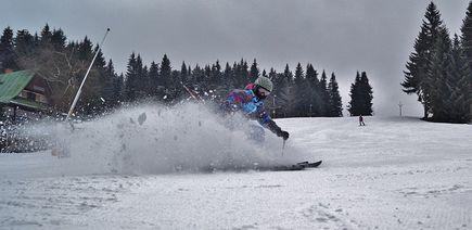 Kurtka narciarska a snowboardowa – istotne różnice