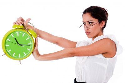 """Czy człowiekowi naprawdę """"ucieka"""" czas?"""