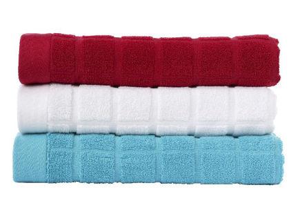 W poszukiwaniu idealnego ręcznika na basen