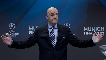 Felieton do szatni: Infantino szefem FIFA