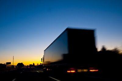 Transport ciężarowy – ile to kosztuje?