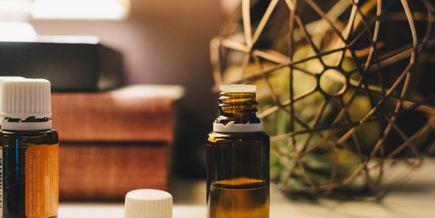 Olej konopny CBD i jego pielęgnacyjne właściwości