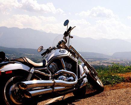 Interkom motocyklowy: jak wybrać idealny dla siebie?